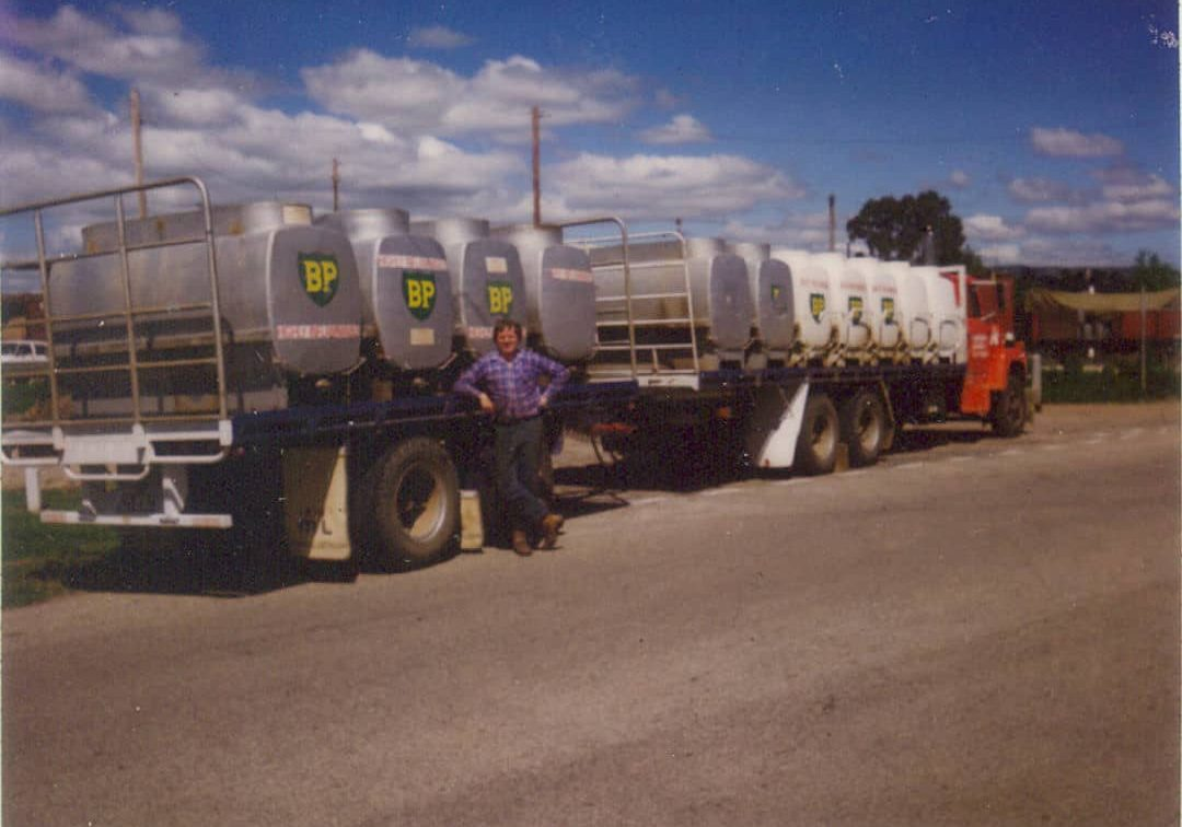 Simpons Fuel Louisville at Seymour after loading